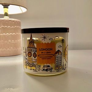 London Tea & Lemon Bath and Body Works Candle